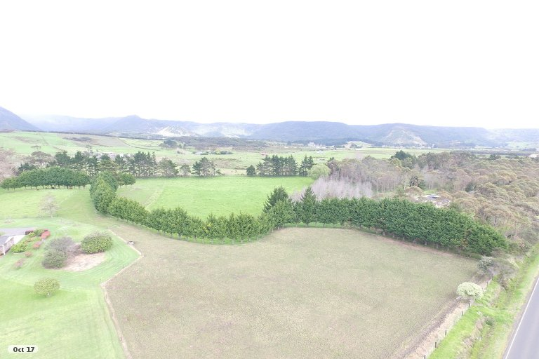 Photo of property in 37-39 Ahipara Road, Ahipara, Kaitaia, 0481