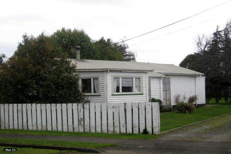 Photo of property in 14 Brooklyn Road, Carterton, 5713