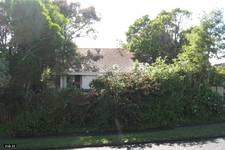 Property photo for 50 Highland Park Drive, Highland Park, Auckland, 2010