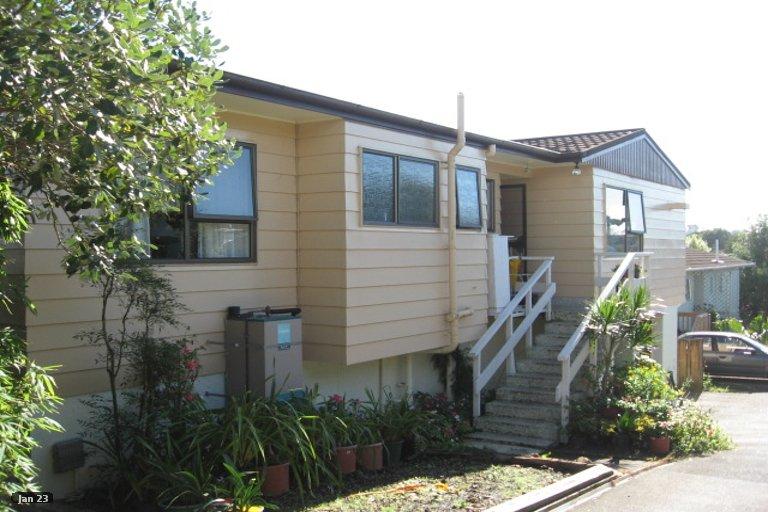 Property photo for 2/52 Highland Park Drive, Highland Park, Auckland, 2010