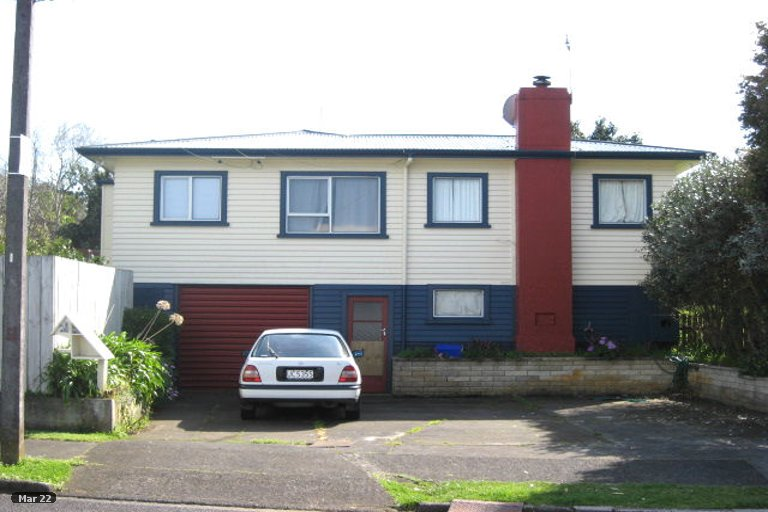 Photo of property in 2 Lambton Terrace, Welbourn, New Plymouth, 4312