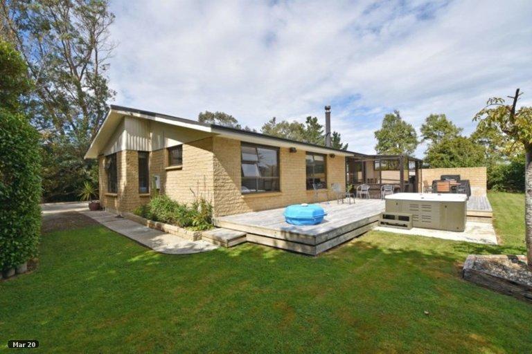 Property photo for 27 Marama Avenue North, Otatara, Invercargill, 9879