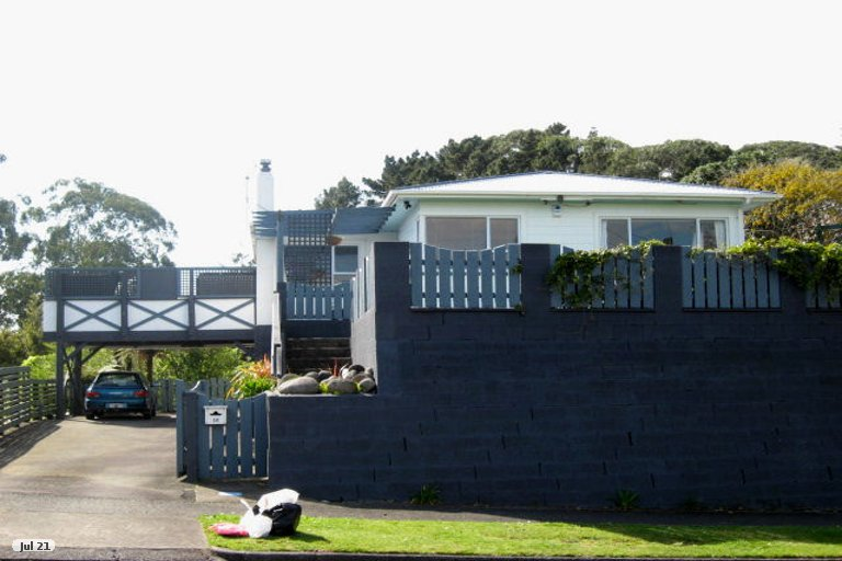Photo of property in 16 Durham Avenue, Welbourn, New Plymouth, 4312
