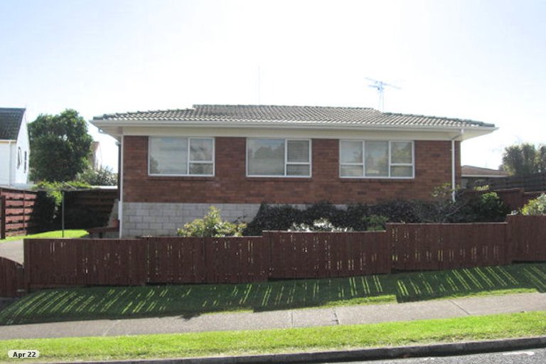 Property photo for 2/24 Highland Park Drive, Highland Park, Auckland, 2010