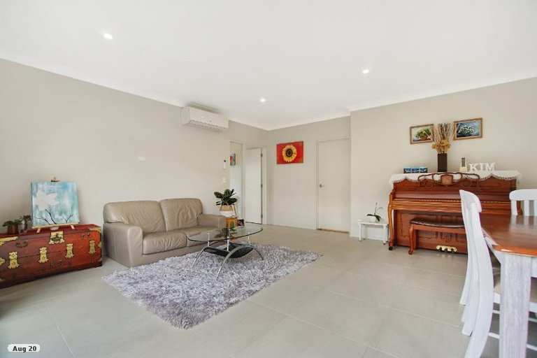 Photo of property in 14 Gelderland Way, Karaka, Papakura, 2113
