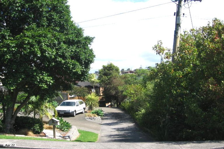 Property photo for 2/884 Beach Road, Waiake, Auckland, 0630