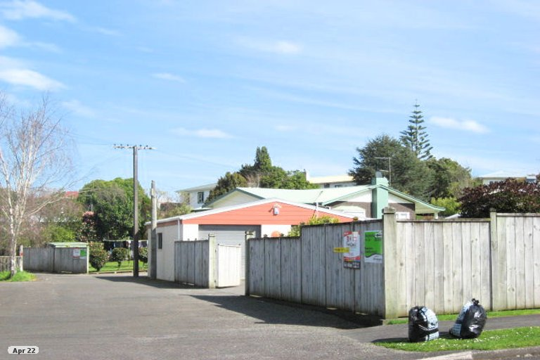 Photo of property in 3B Durham Avenue, Welbourn, New Plymouth, 4312