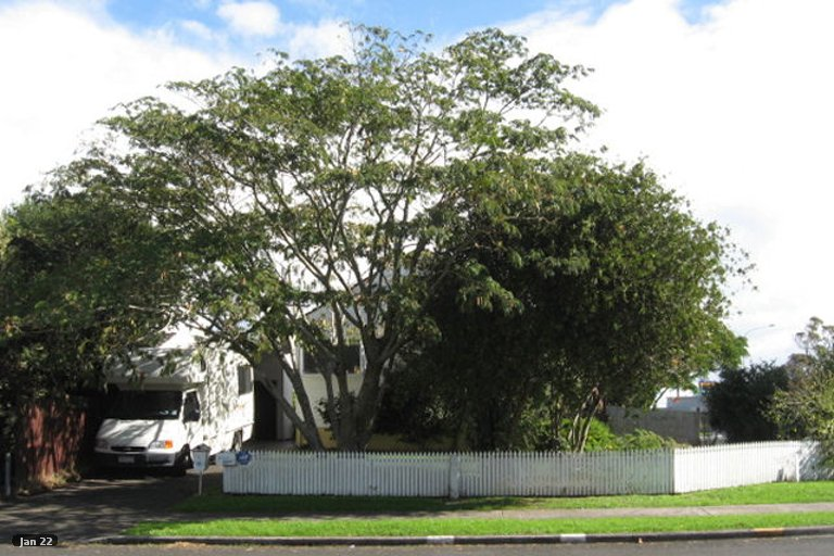 Property photo for 3/1 Tomintoul Place, Highland Park, Auckland, 2010