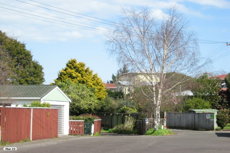 Photo of property in 3A Durham Avenue, Welbourn, New Plymouth, 4312