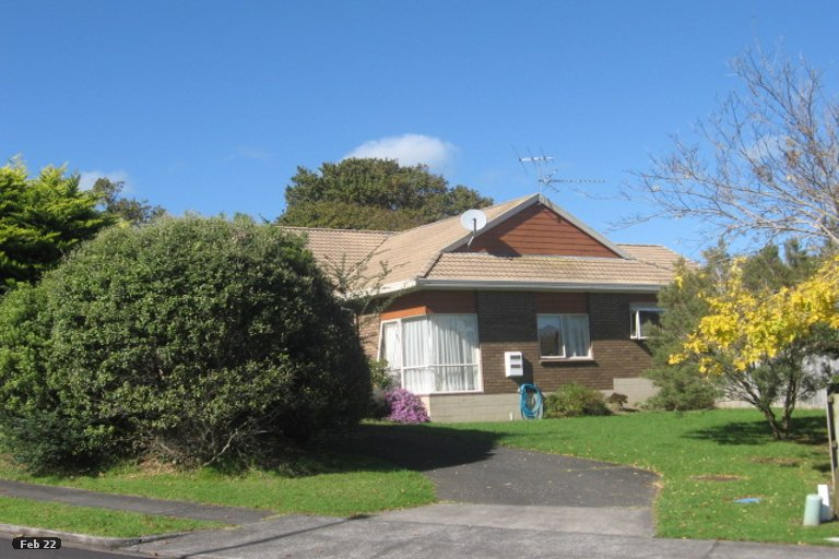 Property photo for 9 Lochend Place, Highland Park, Auckland, 2010