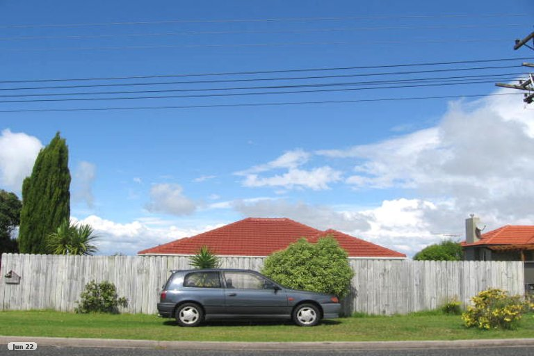 Property photo for 1/15 Ridge Road, Waiake, Auckland, 0630