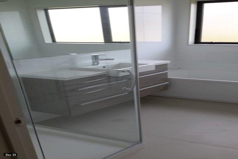 Photo of property in 20 Andalusian Way, Karaka, Papakura, 2113