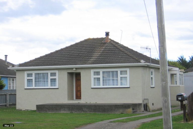 Photo of property in 52 Cook Street, Foxton, 4814