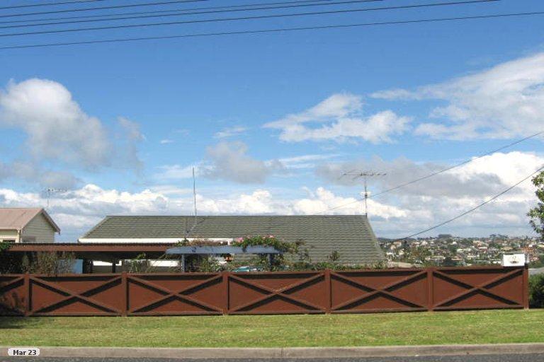 Property photo for 2/19 Ridge Road, Waiake, Auckland, 0630