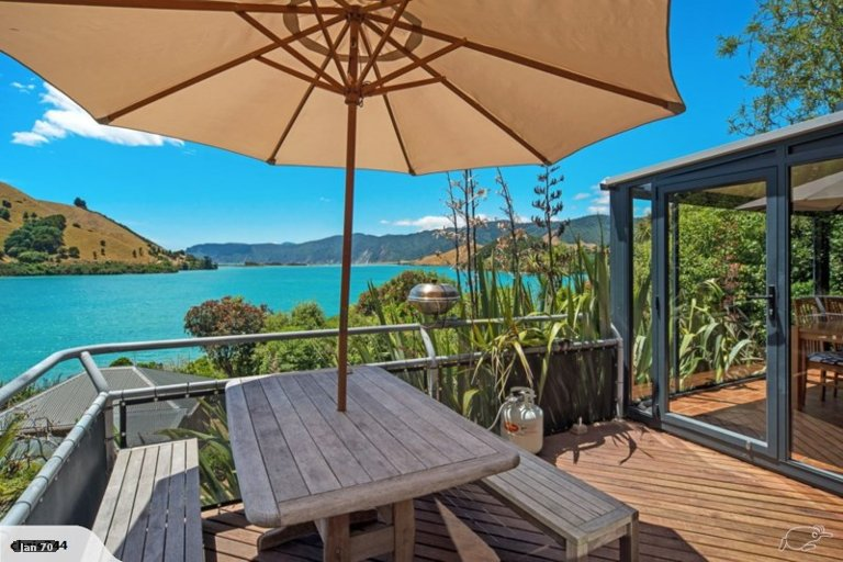 Photo of property in 638 Cable Bay Road, Cable Bay, Hira, 7071