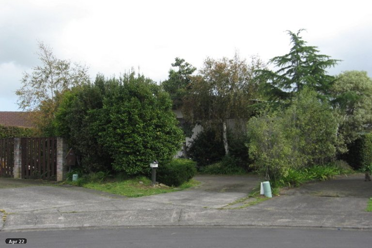 Property photo for 21 Tomintoul Place, Highland Park, Auckland, 2010