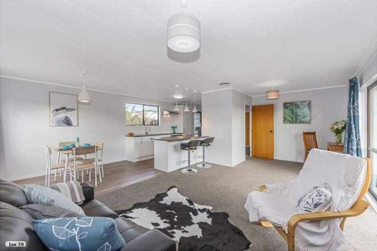 Property photo for 6 Beverley Road, Stanmore Bay, Whangaparaoa, 0932