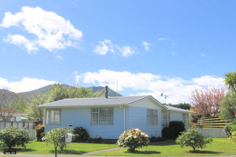 Property photo for 13 Anna Place, Hilltop, Taupo, 3330