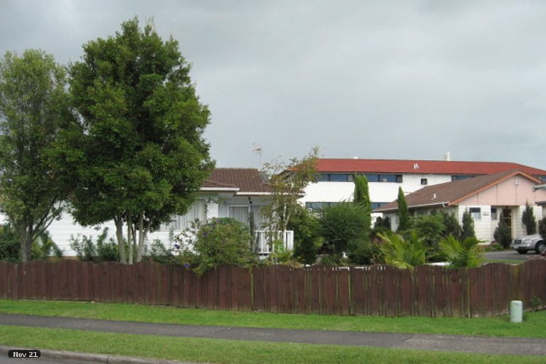 Property photo for 2/3 Tyndrum Place, Highland Park, Auckland, 2010