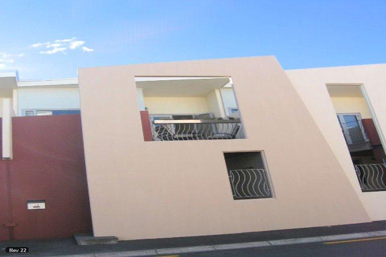 Photo of property in 14 Waghorne Street, Ahuriri, Napier, 4110