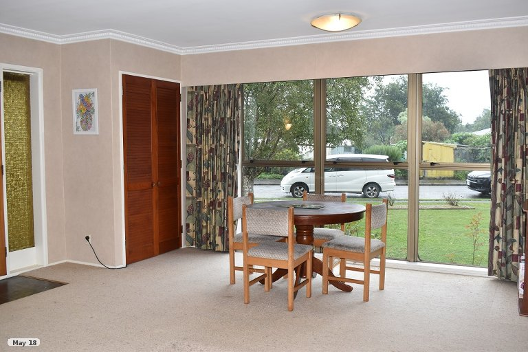 Photo of property in 4 Chisholm Place, Carterton, 5713