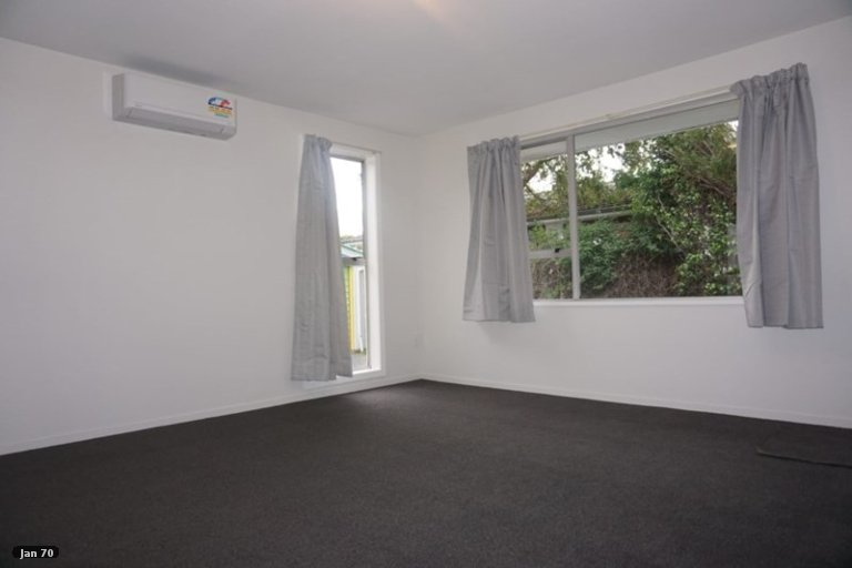 Property photo for 4/738 Ferry Road, Woolston, Christchurch, 8023