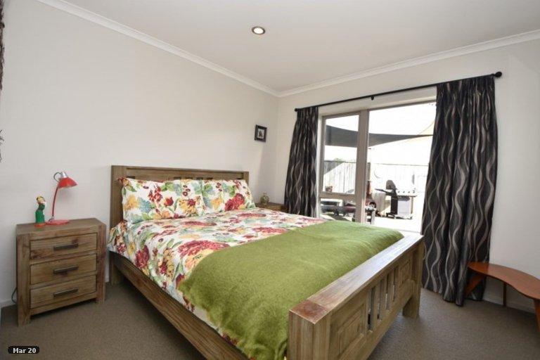 Property photo for 7 Tararua Crescent, Carterton, 5713