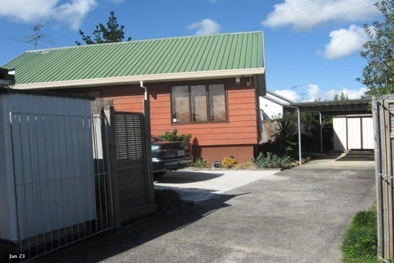 Property photo for 1/13 De Quincey Terrace, Highland Park, Auckland, 2010