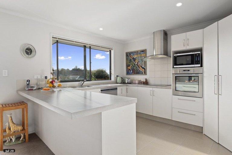 Property photo for 24 Annandale Drive, Pyes Pa, Tauranga, 3112