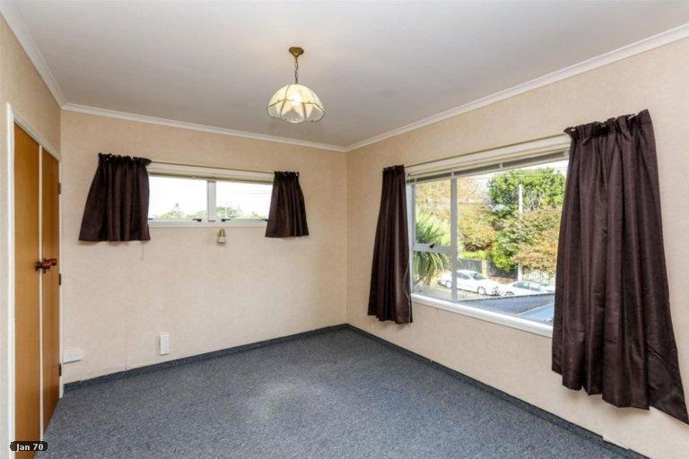 Photo of property in 23 Tokomaru Street, Welbourn, New Plymouth, 4312