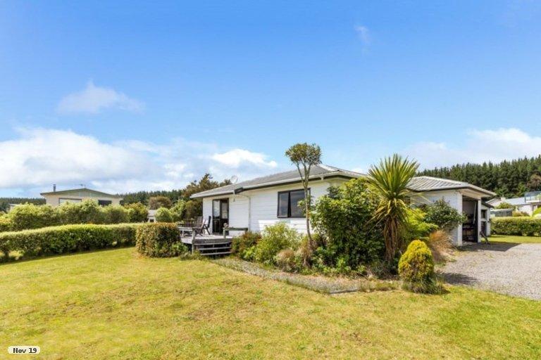 Property photo for 18 Rowena Crescent, Motuoapa, 3382