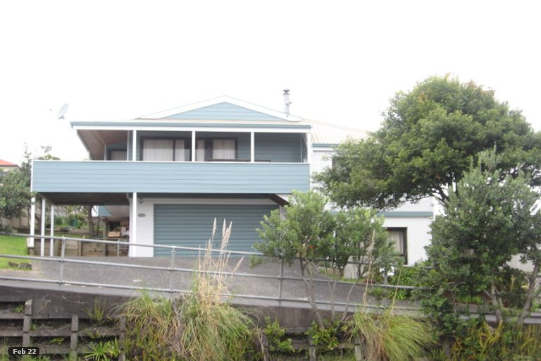 Property photo for 36 Pigeon Mountain Road, Half Moon Bay, Auckland, 2012