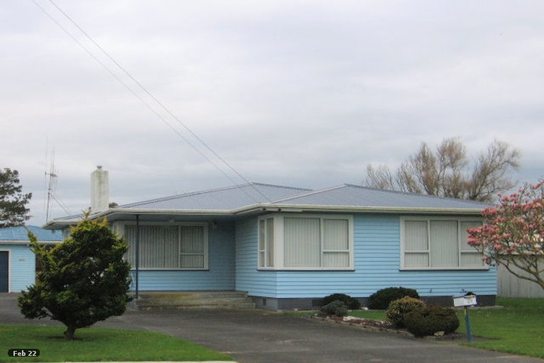 Photo of property in 82 Cook Street, Foxton, 4814