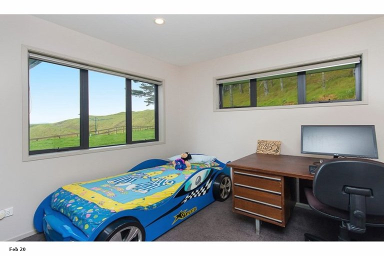 Photo of property in 63 Aldred Road, Karioitahi, Waiuku, 2683