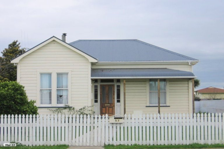 Photo of property in 55 Cook Street, Foxton, 4814