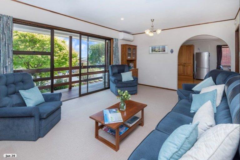 Property photo for 15 Jade Avenue, Pakuranga Heights, Auckland, 2010