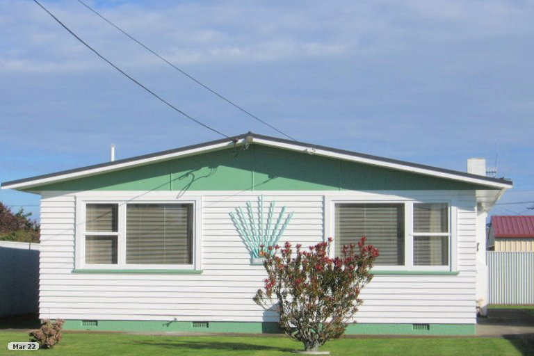 Photo of property in 10A Gladstone Street, Foxton, 4814