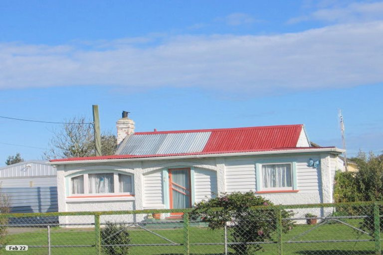 Photo of property in 8 Hillary Street, Foxton, 4814
