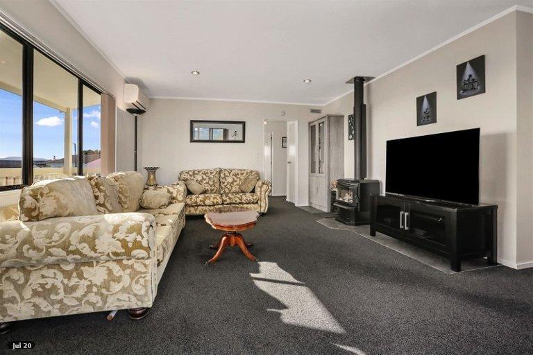 Photo of property in 35 Doncaster Terrace, Ascot Park, Porirua, 5024