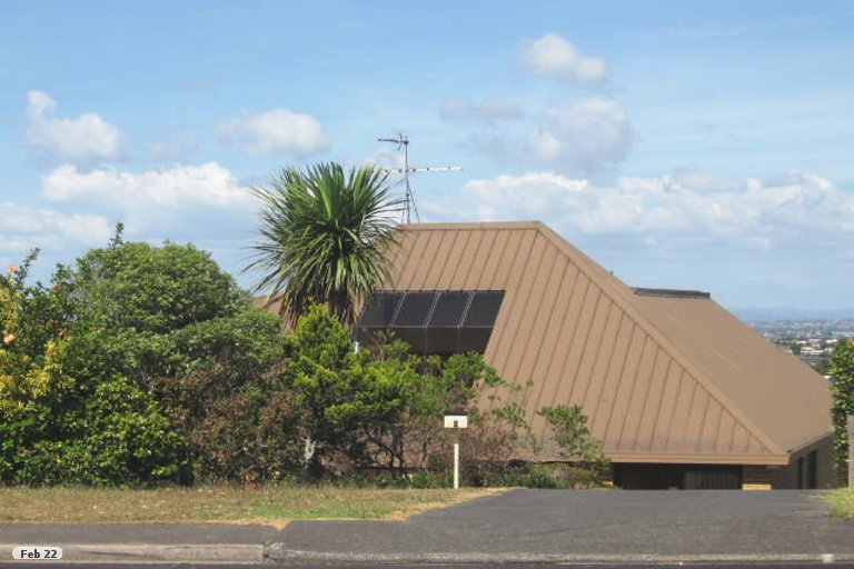 Property photo for 9 High Road, Glenfield, Auckland, 0629