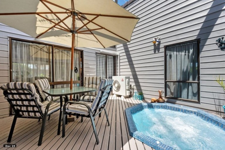 Photo of property in 6 Emma Place, Pukete, Hamilton, 3200