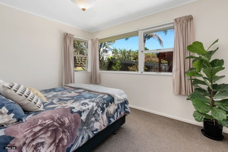 Property photo for 13 Weatherly Road, Torbay, Auckland, 0630