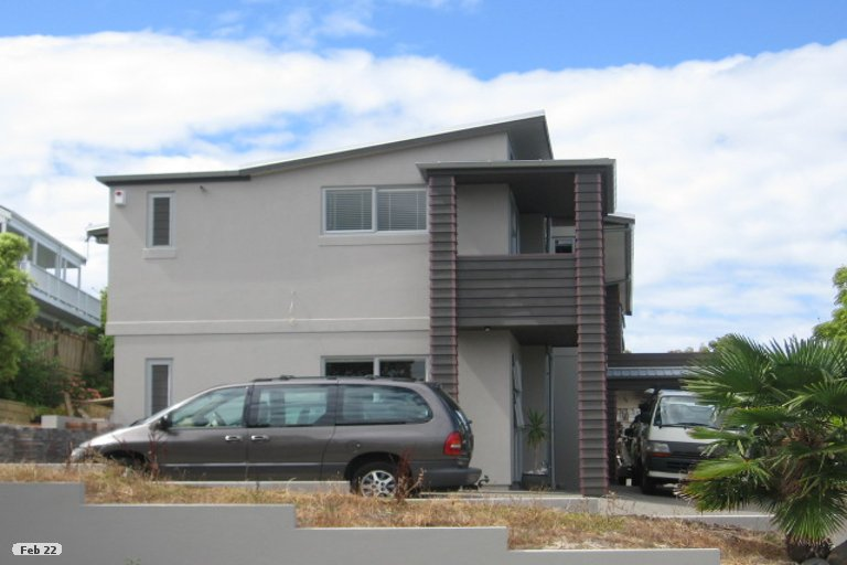 Property photo for 11 Gulf View Road, Murrays Bay, Auckland, 0630