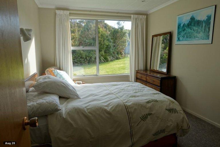 Photo of property in 343 Back Road, Stewart Island / Rakiura, Stewart Island, 9818