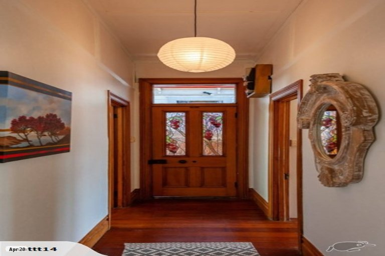 Property photo for 5 McIntyre Avenue, Mount Victoria, Wellington, 6011