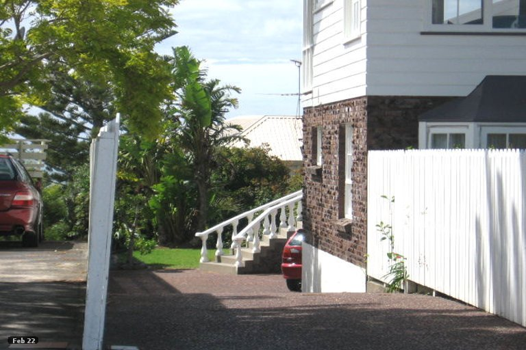 Property photo for 2/33 Gulf View Road, Murrays Bay, Auckland, 0630
