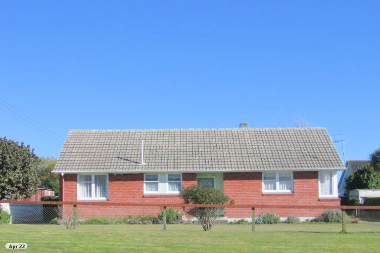 Photo of property in 5 Brown Street, Foxton, 4814