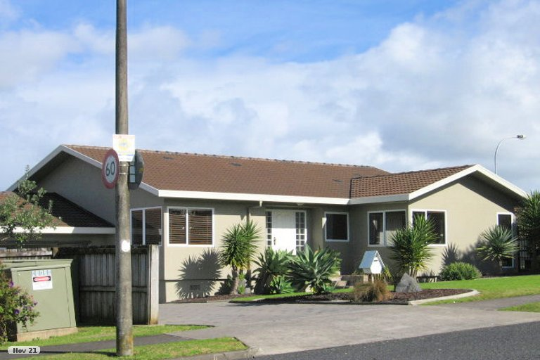 Property photo for 114 Mirrabooka Avenue, Botany Downs, Auckland, 2010