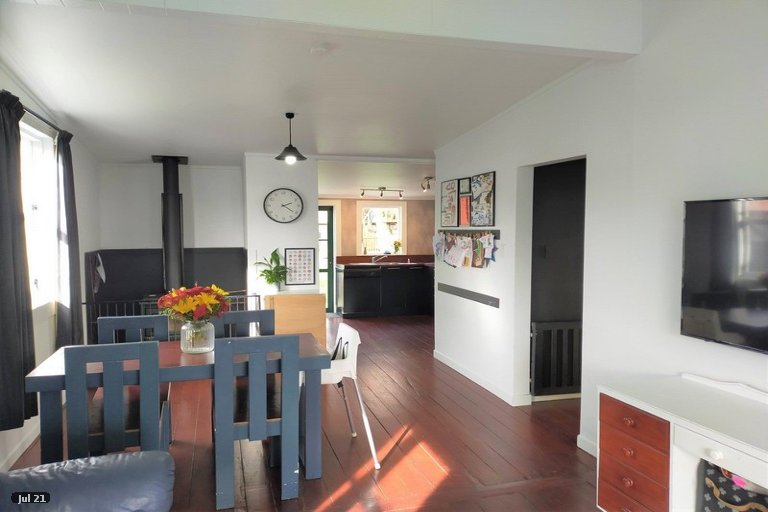 Photo of property in 20 Bath Street, Eltham, 4322