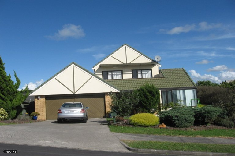 Property photo for 2/7 Eske Place, Highland Park, Auckland, 2010